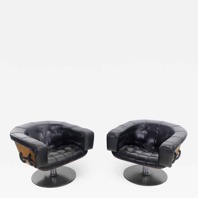 Martin Grierson Pair of Mid Century Modern Swivieling Armchairs Designed by Martin Grierson
