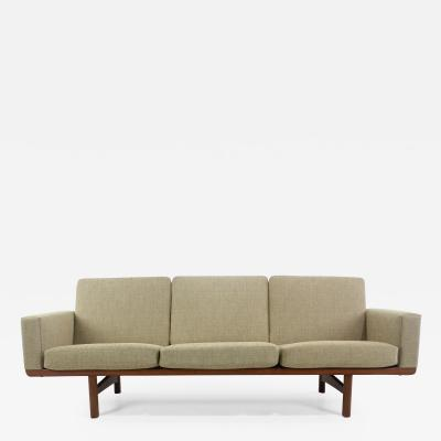 Hans Wegner Elegant Danish Modern Oak Frame Sofa Designed by Hans Wegner