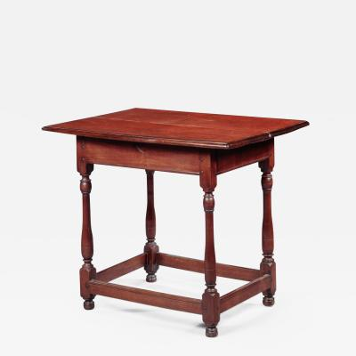 WILLIAM AND MARY TAVERN TABLE