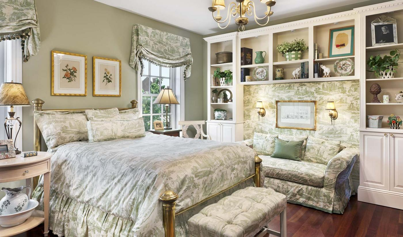 Top 4 Interior Design Projects Of The Week A Historic Home An Eclectic Townhouse Glamorous Pad Classically Chic Retreat By Brittany Good