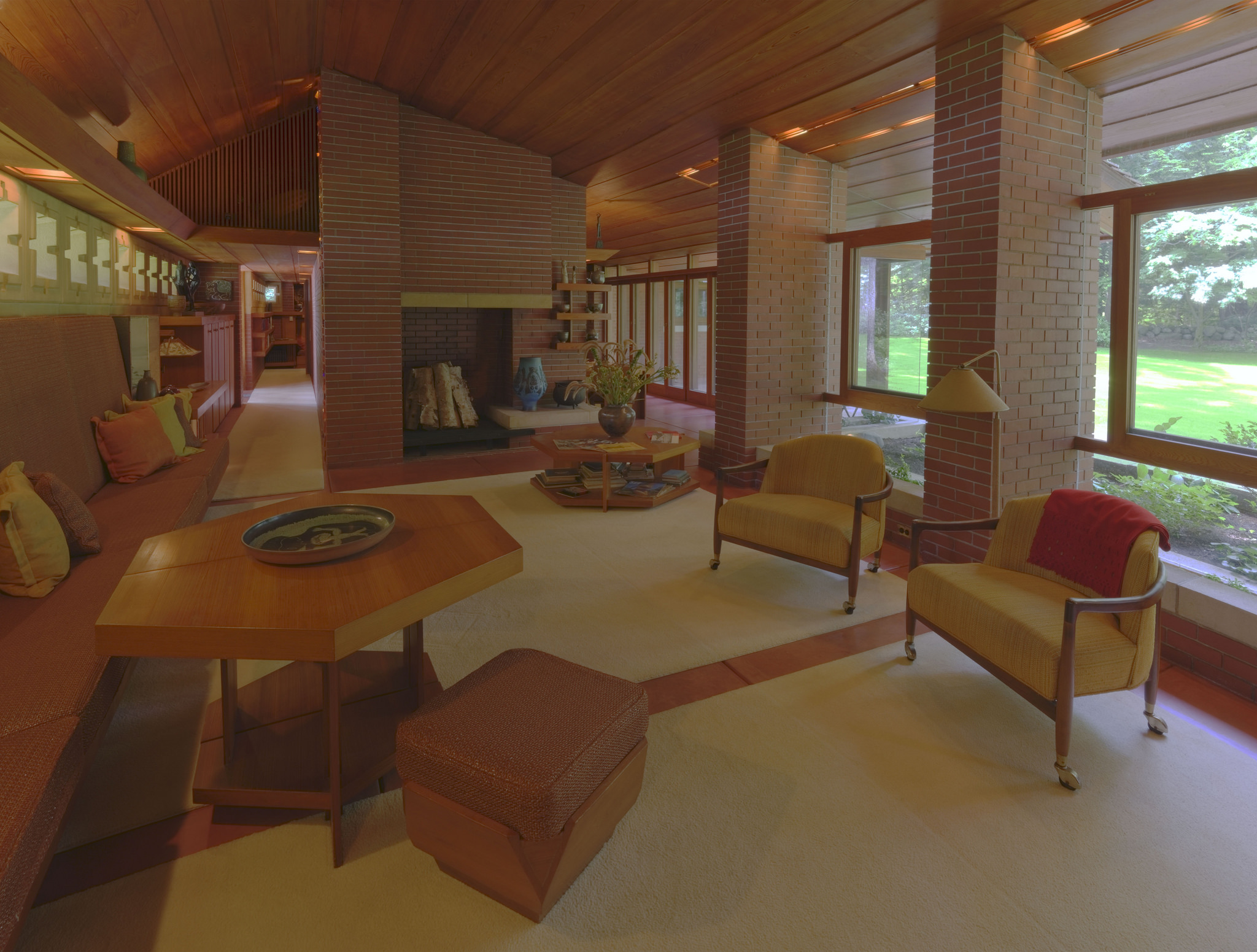 Gropius house and modern houses you can tour incollect for Zimmerman house
