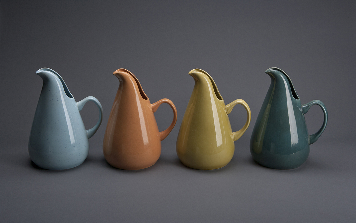 Collector george kravis gifts important design objects to the cooper hewitt incollect - Russel wright pitcher ...