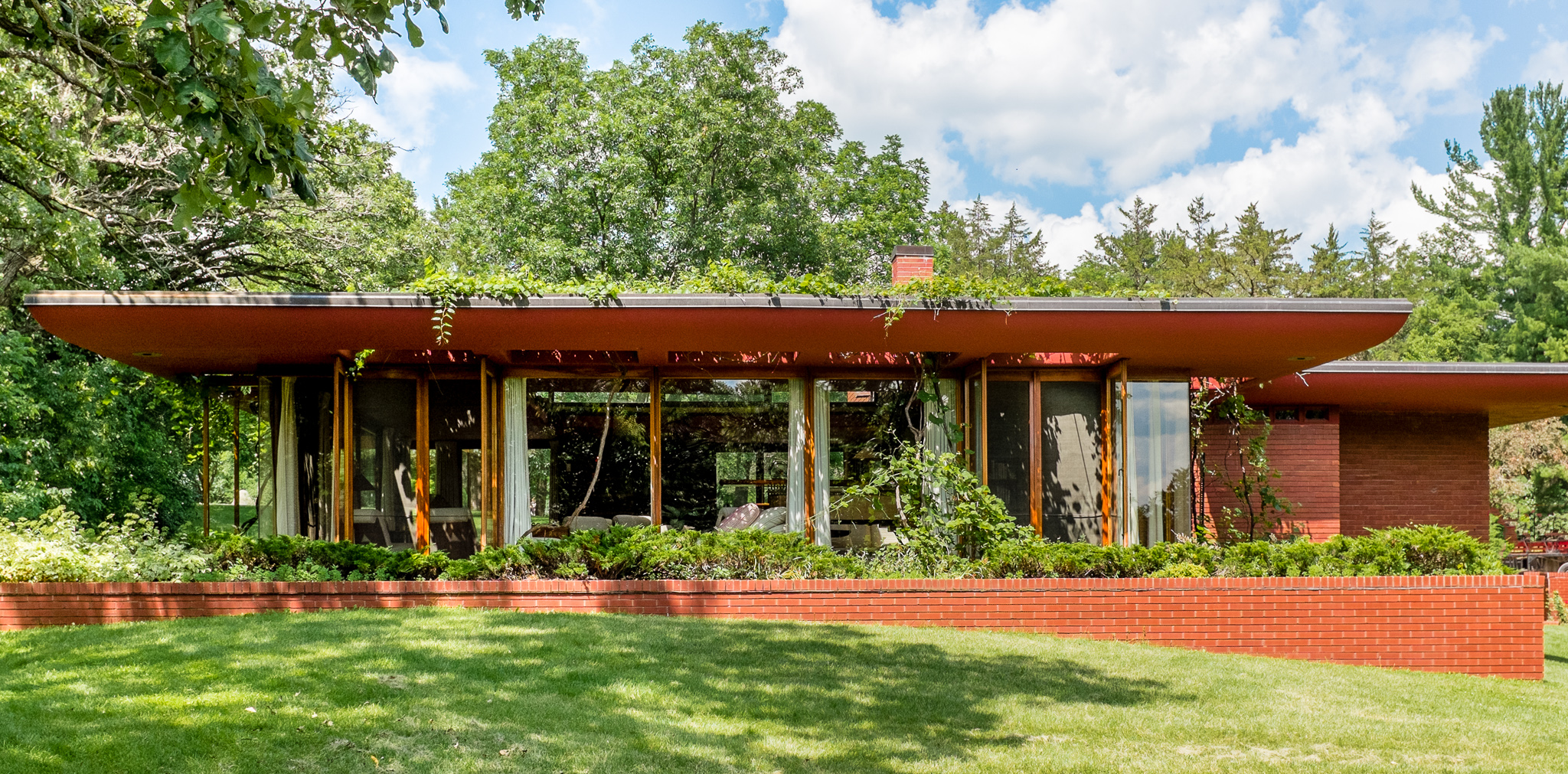 5 serene frank lloyd wright houses worth slipping awak House plans iowa